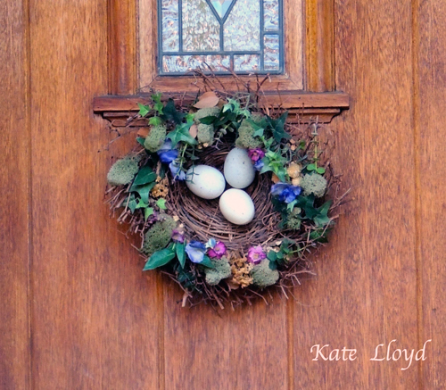Easter-Wreath-on-Door
