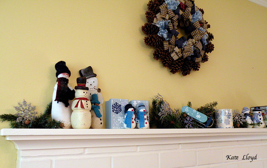 I noticed my friend still decorates her home in blue and white after Christmas.