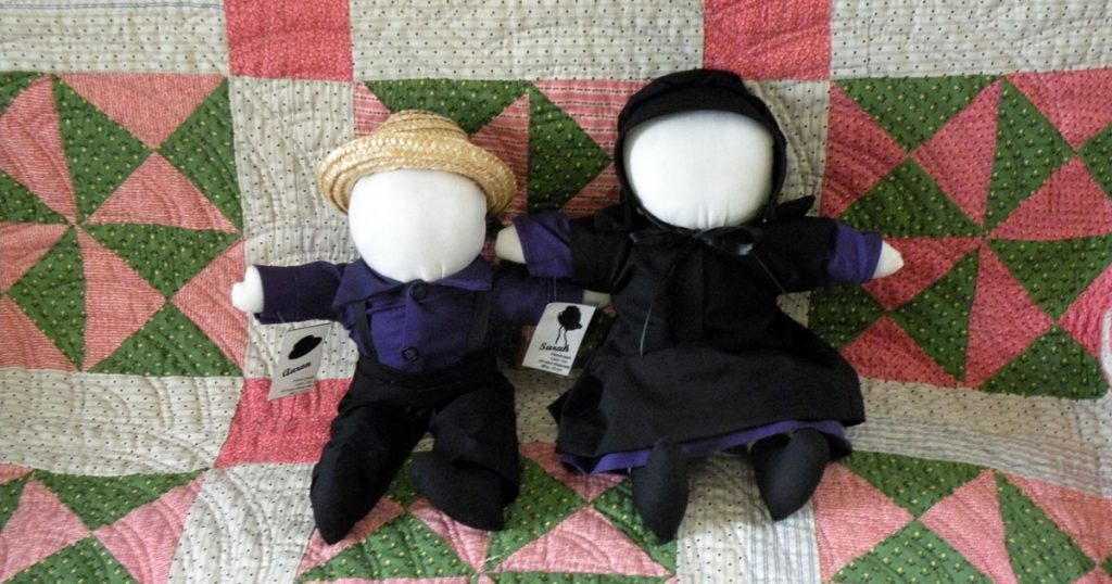 Aaron and Sarah are two Amish-made dolls from Lancaster County, PA.