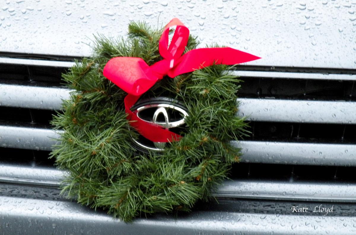 wreath-car