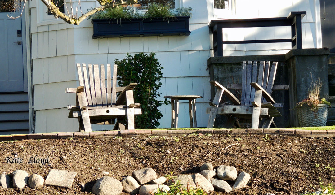 These wooden chairs are begging for a warmer day!
