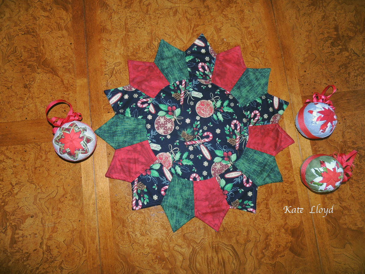 Enter to win this beautiful Amish-made table topper and 3 Amish-made ornaments from Lancaster County
